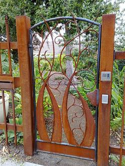 whimsical-scroll-gate.jpg