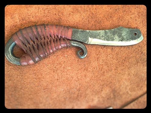 couteau façon medieval