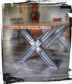 table croix 2