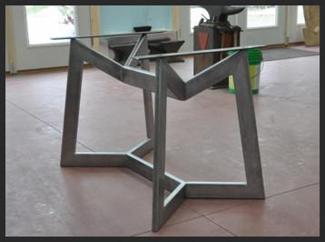 pied de table salle a manger metallerie ferronnerie 83560 rians ateliers de la grange. Black Bedroom Furniture Sets. Home Design Ideas