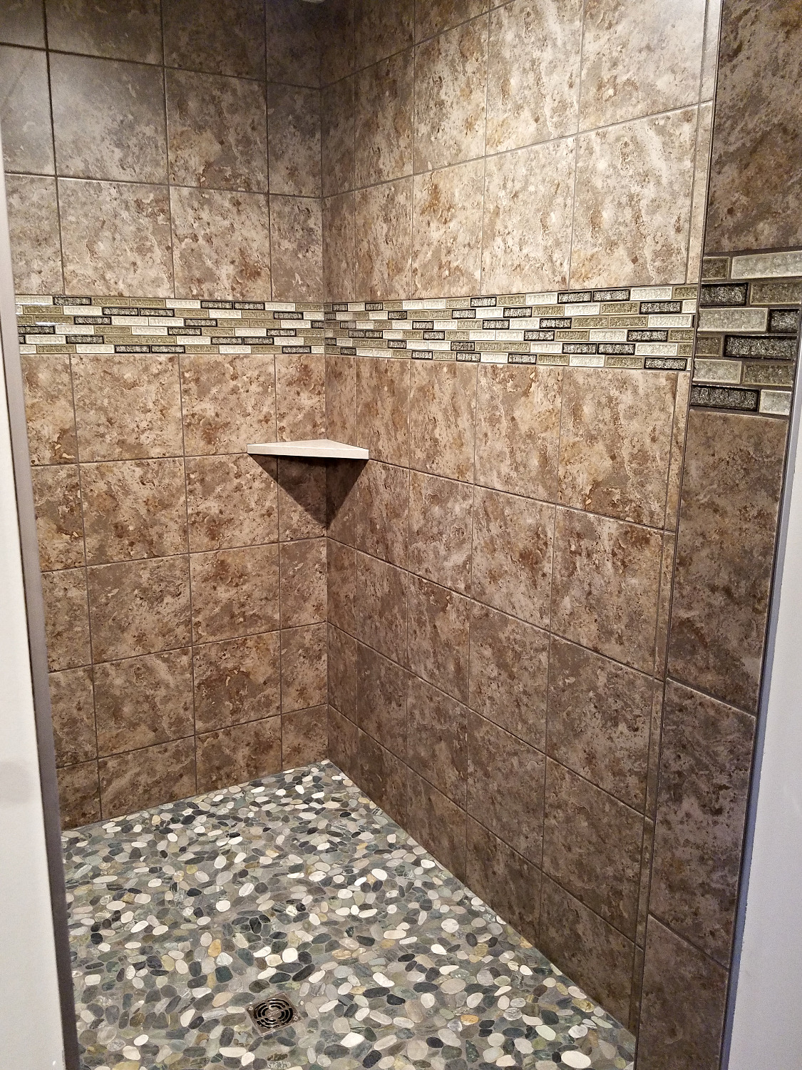 Large Tiled Shower Pebble Floor