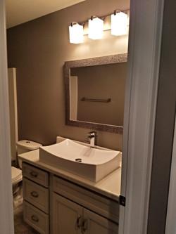 Unique Pedestal Sink