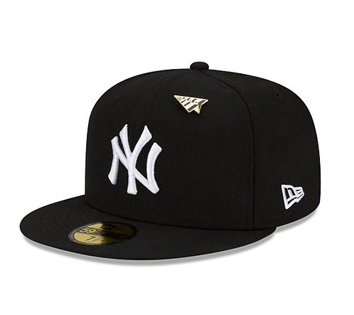 NEW ERA X Paper Planes 59Fifty Fitted Hat