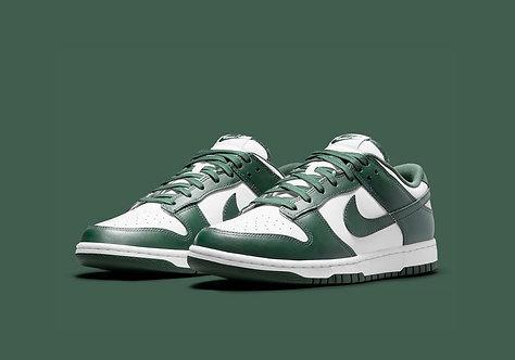 Nike Dunk Low (Varsity Green)