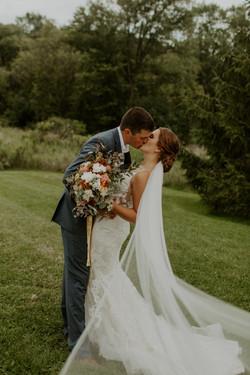 Kissing Bride-Groom