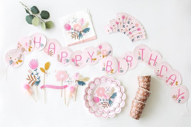 Garden_Party_Birthday_Party_Decorations_