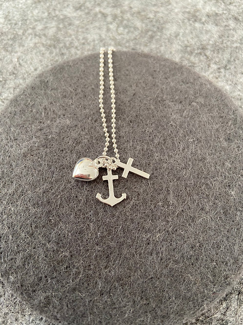 """Kette """"Liebe-Glaube-Hoffnung"""" aus 925er Sterling-Silber"""