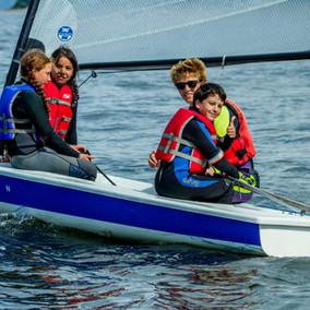 boy and girls sailing w derek.jpg