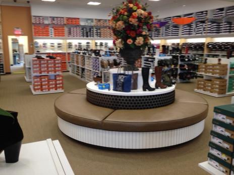Shoe Market