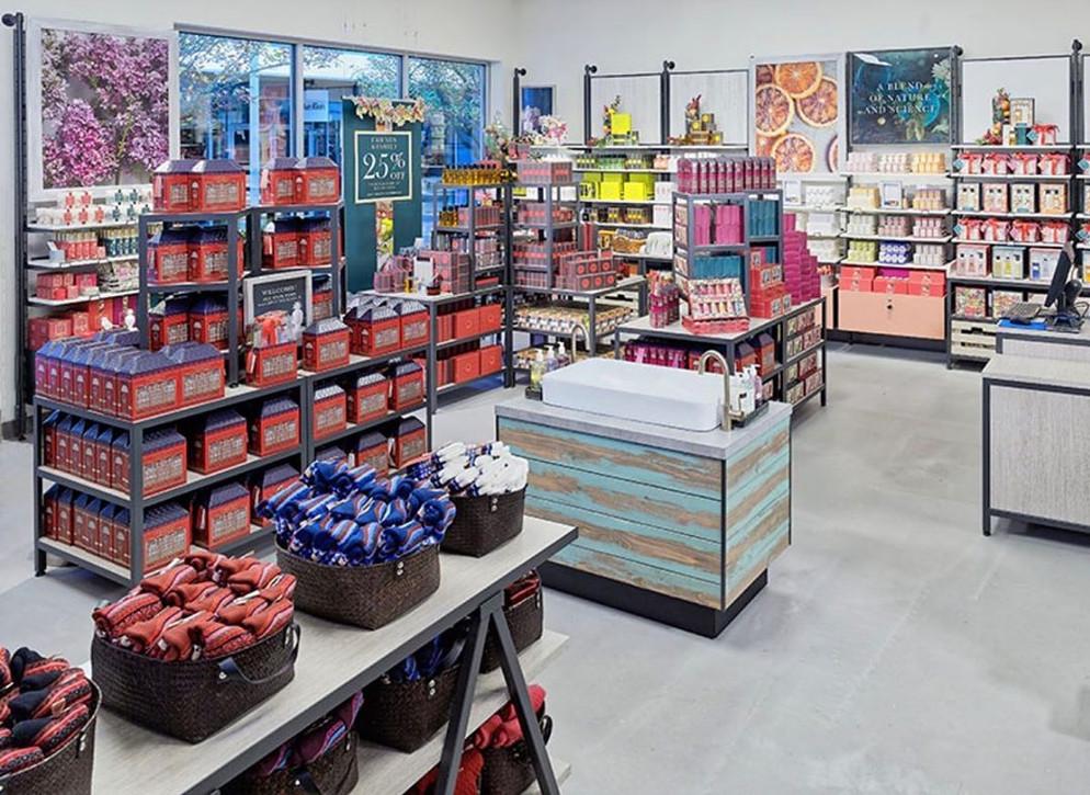 retail display.jpg