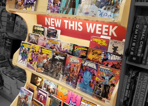 Newbury Comics - 3 tier case