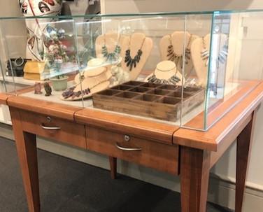 Hillwood custom jewelry display