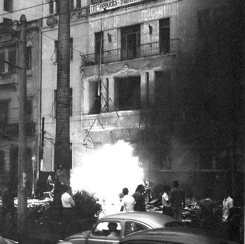 Incêndio-que-destruiu-em-1964-a-sede-da-