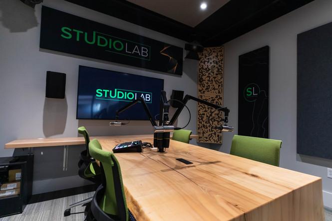 Podcast Studio - Studio Lab-16.jpg