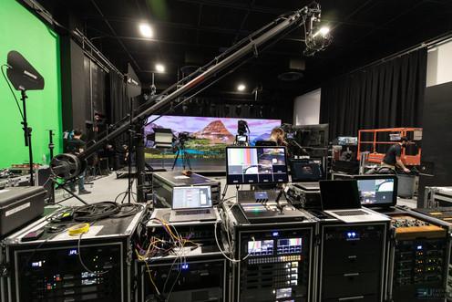 virtual production, studio, equipment, audio, professional, lighting, camera, creative