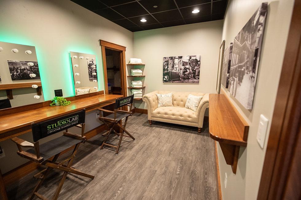 Studio Lab dressing room