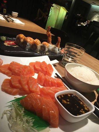 Le Yoshi, restaurant Japonais à Baie Mahault, 50 minutes en voiture de chez kazAnne