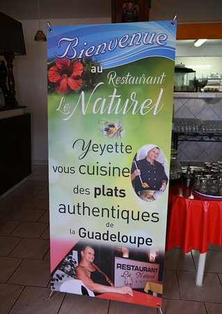 Le Naturel (Chez Yeyette) à la sortie du bourg de Pointe Noire vers Deshaies, moins de 10 minutes en