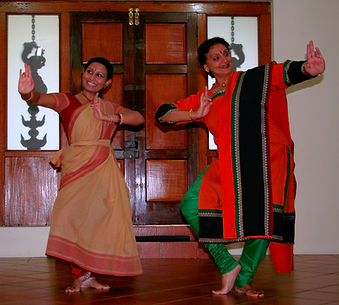 Anandavalli and Kunthavai (1).jpg