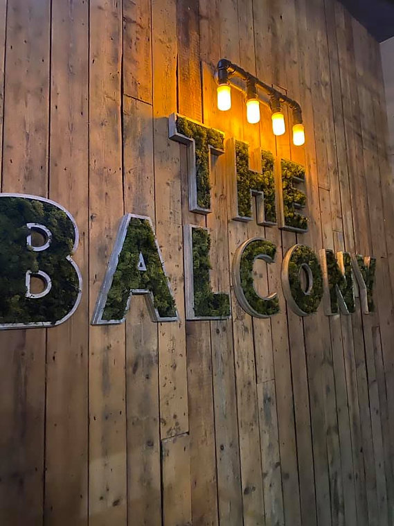 balcony enterance.jpg