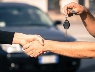 4 Improvements to Make to Your Car Before Selling it