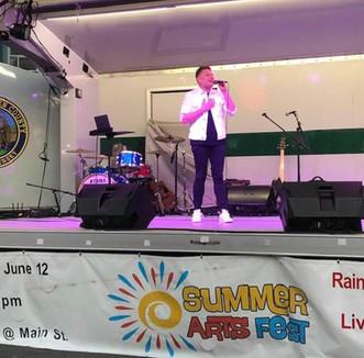 Robert Performed at the Bergen County/ Ridgefield Park Art & Music Festival!