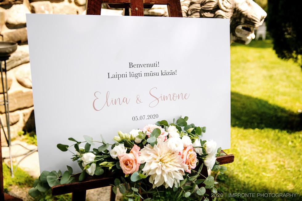 ElinaSimone00477.jpg