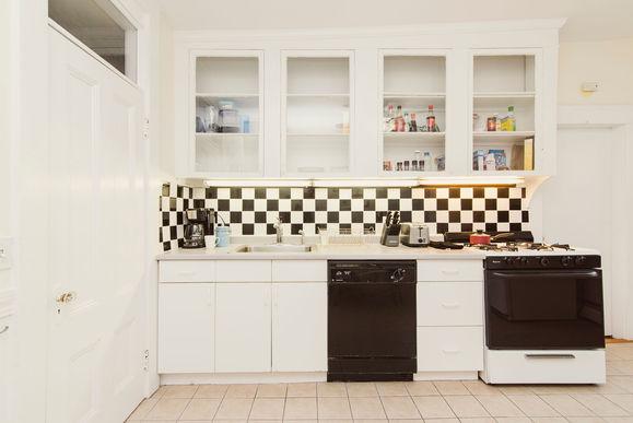 03-kitchen-3jpg