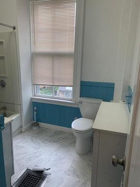 06-bathroom-1jpeg