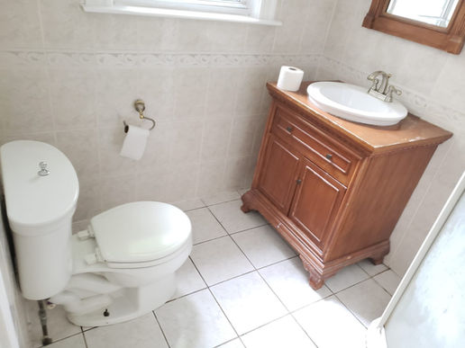 Bedroom D (Private Bath)