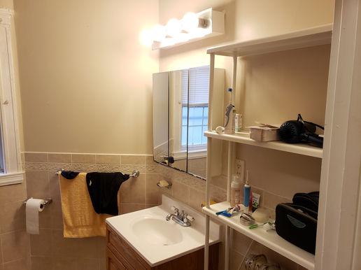 20-bathroomjpg