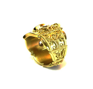 18+22 karat gold hand-fabricated ring with old cut diamonds