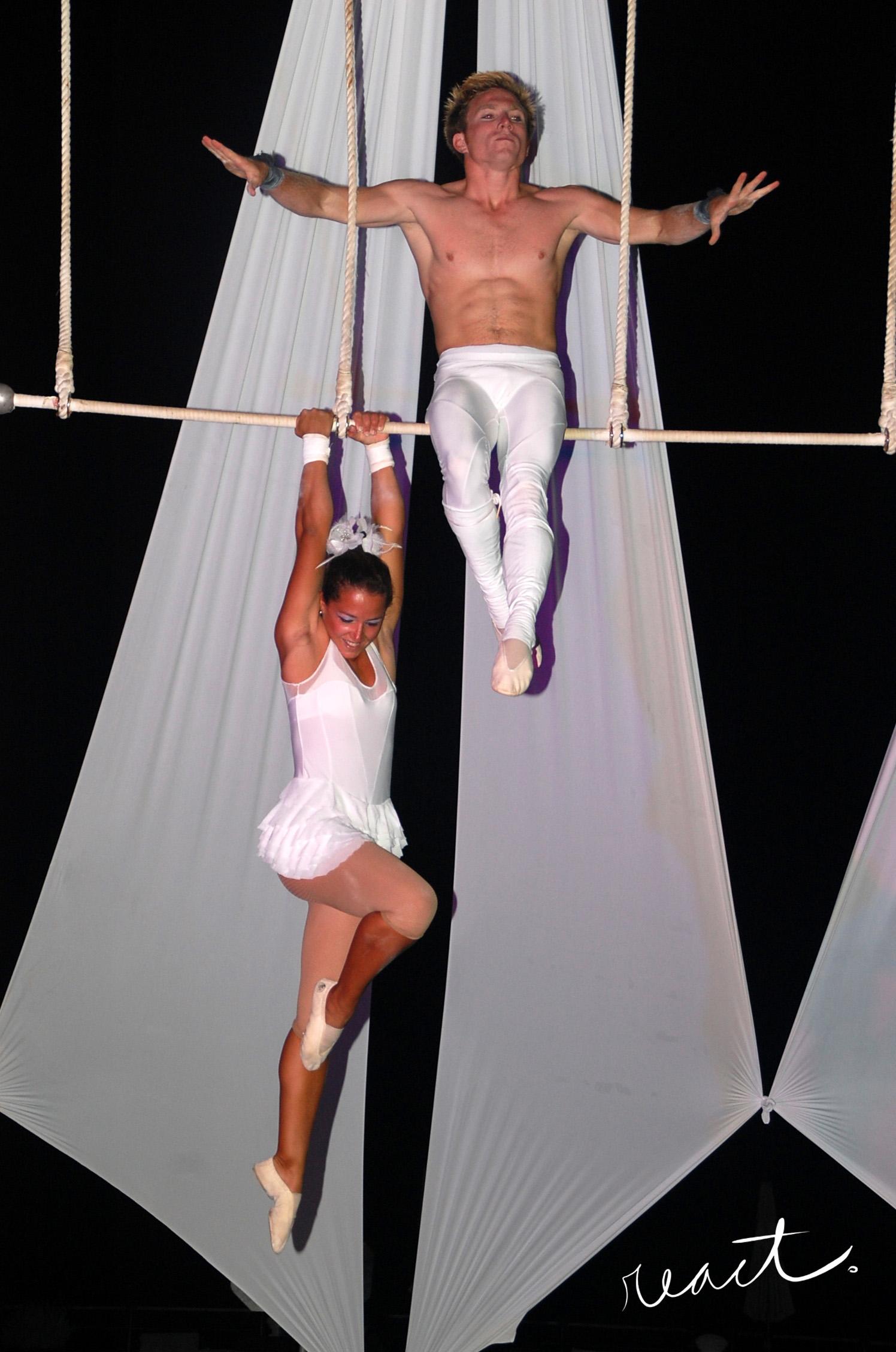 Double Trapeze
