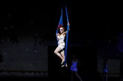 Aerial circus