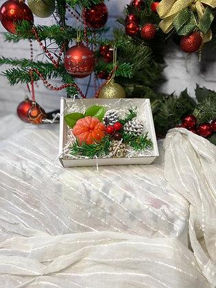 Подарочный набор на новый год мандарин и шишки