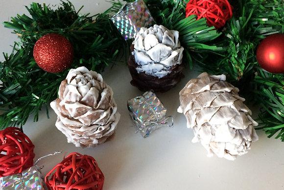 новогодняя шишка сувенир украшение на ёлку