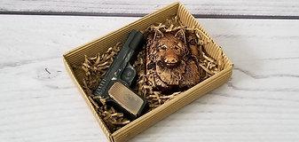 """Набор из мыла """"Пистолет и волк"""""""