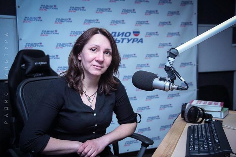 Усенко Наталья Владимировна учитель русского языка и литературы, руководитель музея Нади Рушевой.