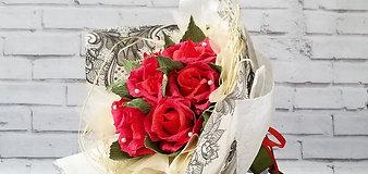 """Букет цветов с конфетами """"Красные розы"""""""