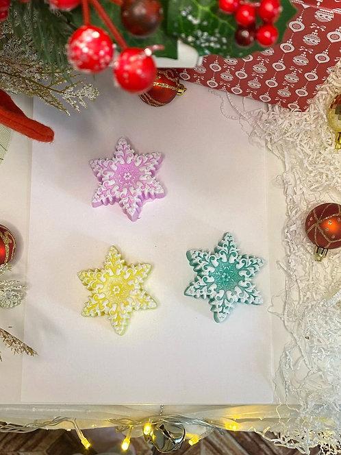 снежинка из мыла сувенир на новый год или рождество