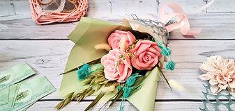 ЭКО букет роз с сухоцветами
