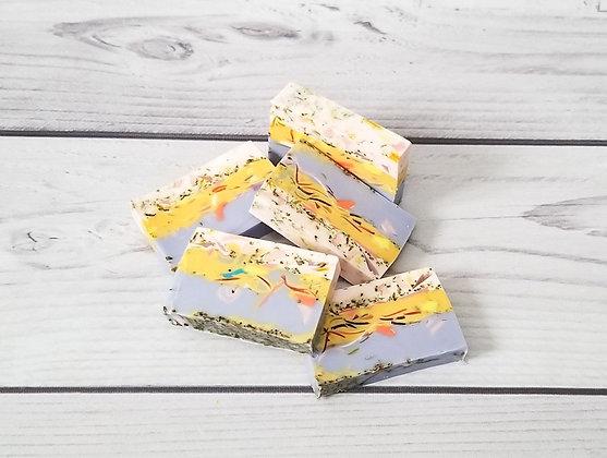 Брусковое мыло ручной работы «Цветочный микс с лавандой»
