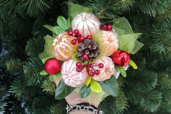 Корзинка Новогоднее настроение с мандаринами