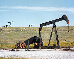 oil-pump-jacks-1425456_1280.jpg