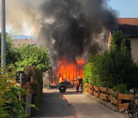 KA 1: Brand Wohnwagen Dreieichenstrasse
