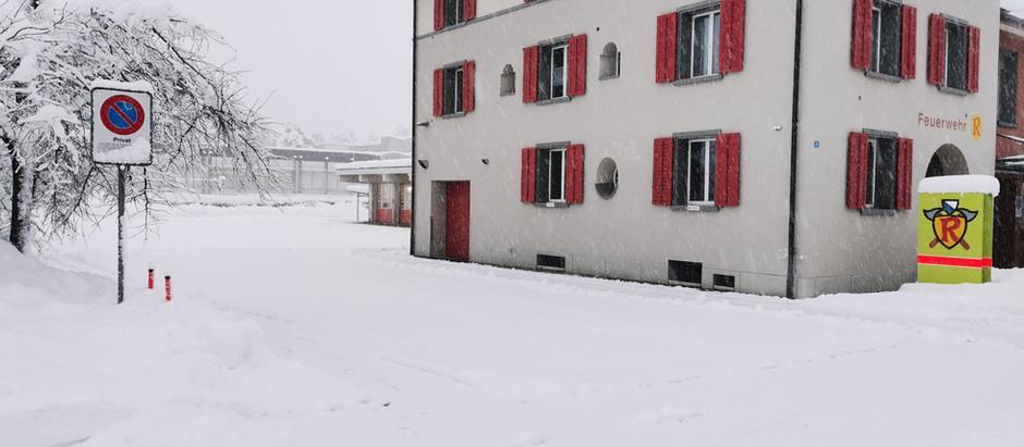 Wintereinbruch in Rüti