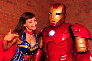 Comic Dance Crew - Ironman und Supergirl