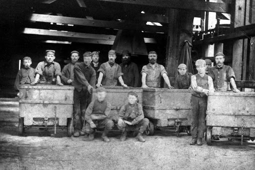 Miners at Hartford Colliery around 1900