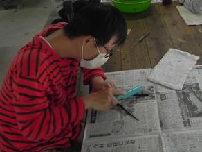 レクリエーション活動 ~お箸作り体験~