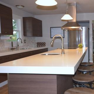 Modern Laminate Kitchen